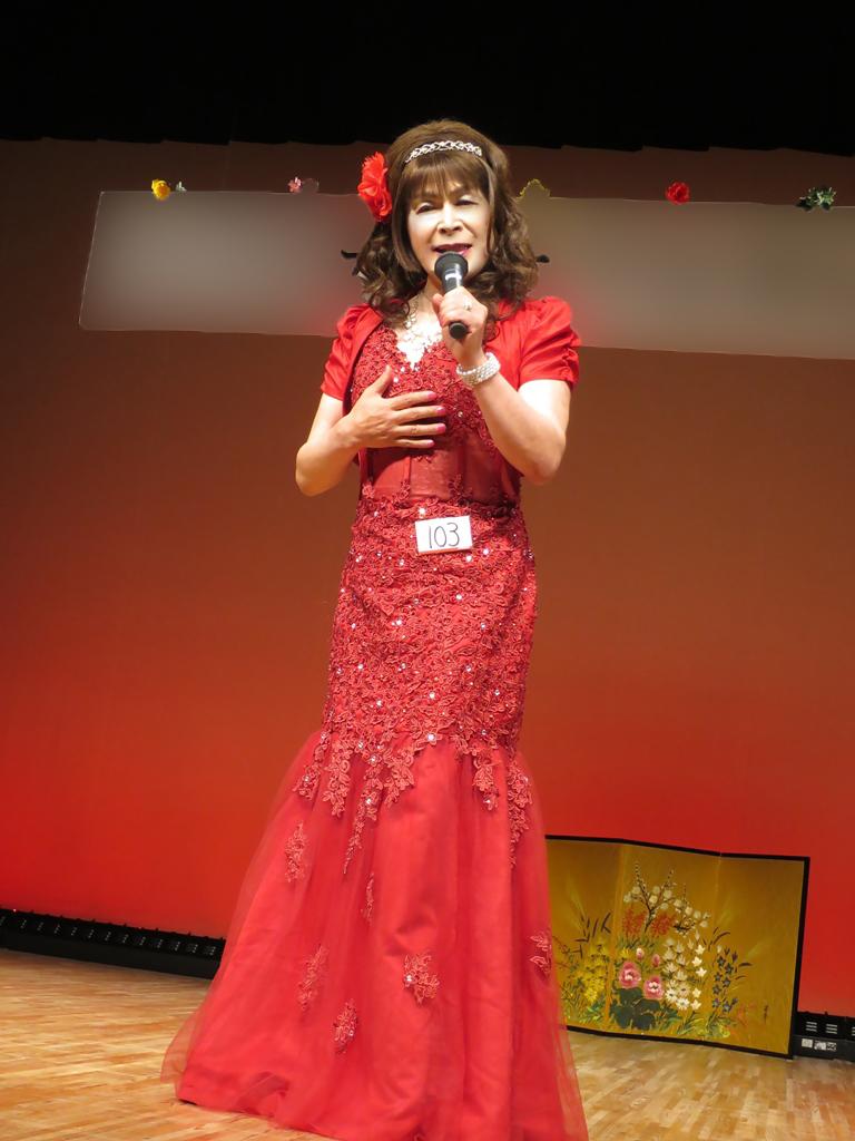 150427赤いドレス舞台(3)