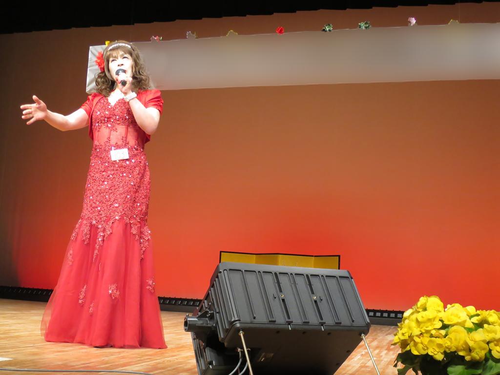 150427赤いドレス舞台(4)