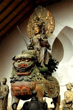 安倍文殊院「騎獅文殊菩薩像」