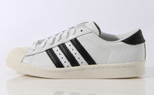 adidas Originals by HYKE スーパースター