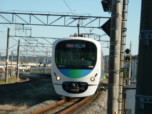 2014-12-27 西武32102F+38104F 急行池袋行き 2133レ