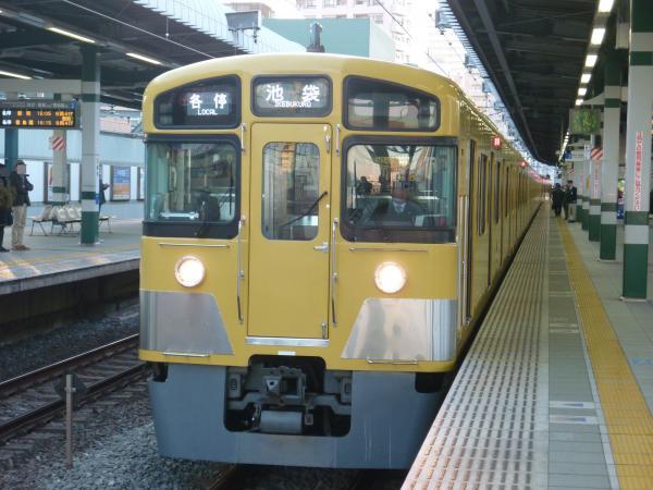 2014-01-11 西武2083F 各停池袋行き2