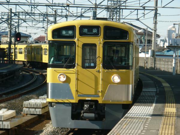 2014-01-12 西武2063F 各停池袋行き1