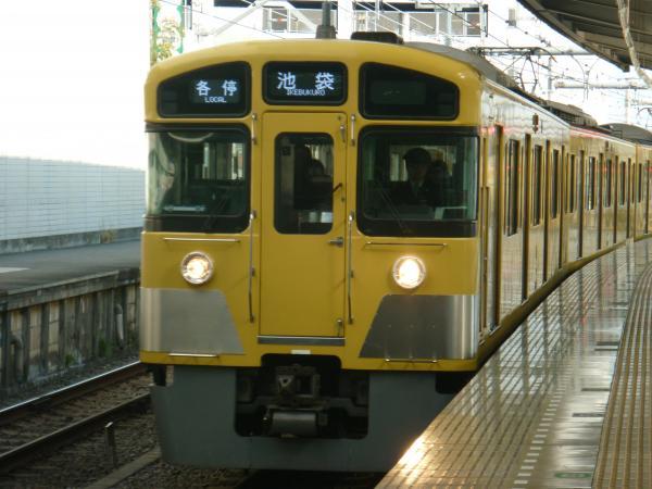 2014-01-18 西武2083F 各停池袋行き1