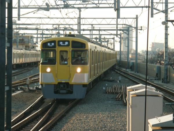 2014-01-18 西武2083F 各停池袋行き3