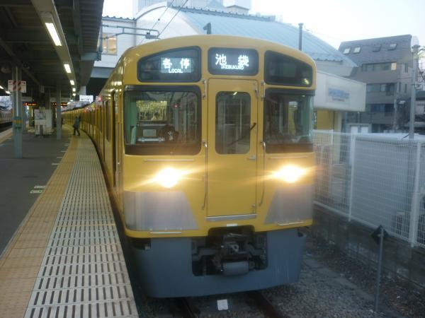 2014-01-18 西武2083F 各停池袋行き5