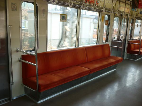 2014-01-18 西武2085F 車内