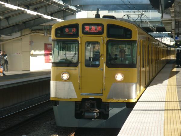 2013-11-23 西武2087F 各停豊島園行き1