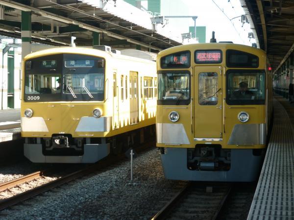 2014-03-15 西武3009F 2087F