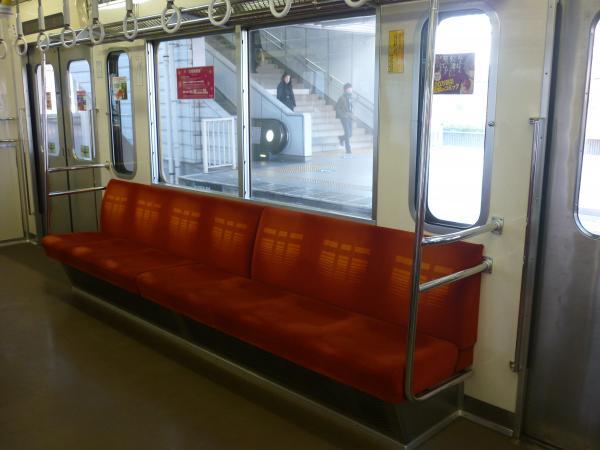 2014-01-18 西武9106F 車内1