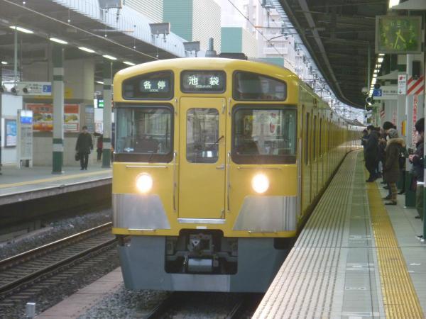 2014-02-01 西武2063F 各停池袋行き