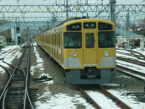 2014-02-11 西武2063F 各停池袋行き