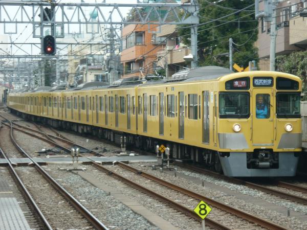 2015-03-01 西武2067F+2451F 急行西武新宿行き1 2646レ