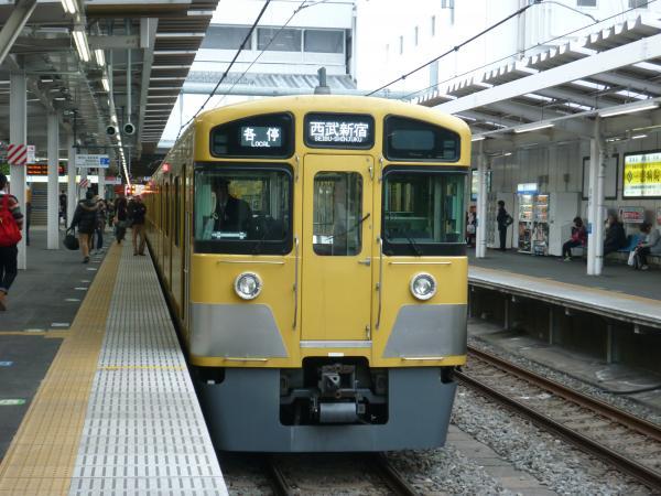 2014-02-28 西武2065F 各停西武新宿行き2