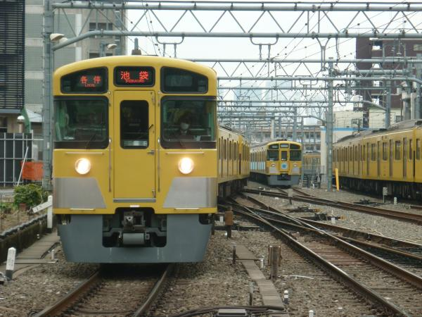 2015-03-07 西武2097F 各停池袋行き 5108レ
