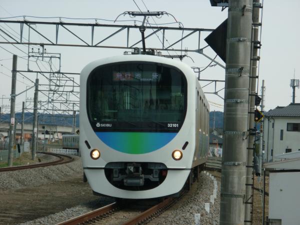 2014-03-09 西武32101F+38103F 急行飯能行き