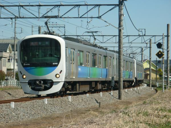 2015-03-27 西武32103F+38105F 急行飯能行き 2143レ