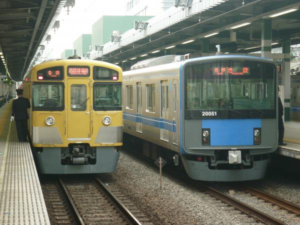 2015-04-01 西武2097F 20151F