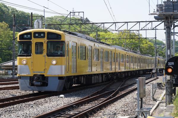 2015-05-02 西武2501F+2503F 各停飯能行き1 5036レ