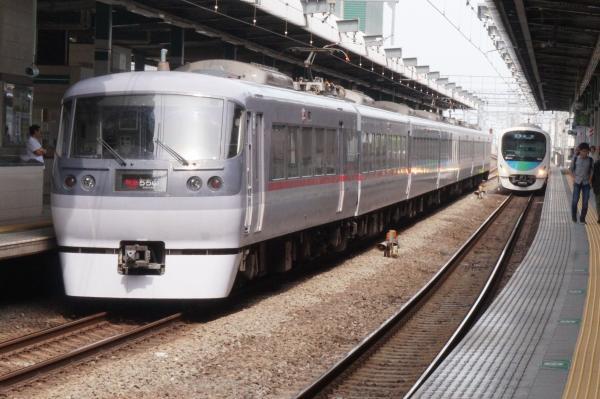 2015-05-06 西武10111F 特急池袋行き2