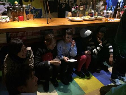 テーブル下2_141216