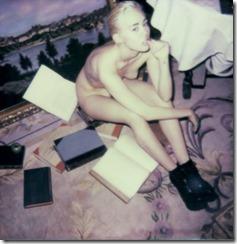 Miley-Cyrus-270114-2 (2)