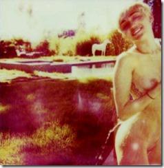 Miley-Cyrus-270114-2 (3)