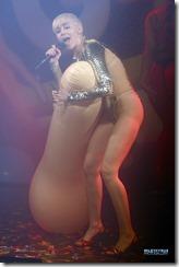 Miley-cyrus-270503 (15)