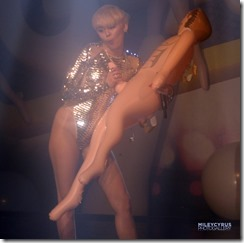Miley-cyrus-270503 (7)