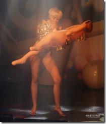 Miley-cyrus-270503 (8)