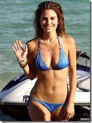 maria-menounos-blue-bikini-270217 (11)