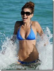 maria-menounos-blue-bikini-270217 (5)