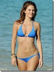 maria-menounos-blue-bikini-270217 (7)