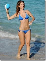 maria-menounos-blue-bikini-270217 (8)
