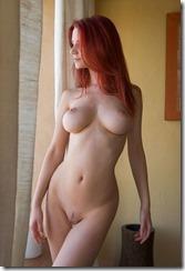 nude-270403-2 (1)