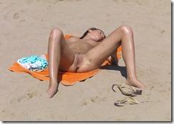 nudist-270308 (3)