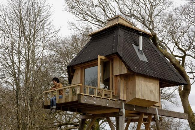 Hut-on-Stilts-Nozomi-Nakabayashi-2.jpg