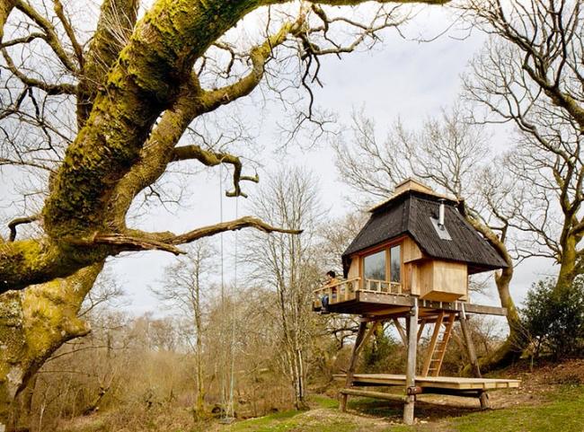Hut-on-Stilts-Nozomi-Nakabayashi1.jpg