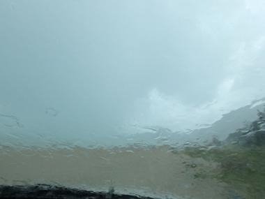 A&W浜-雨