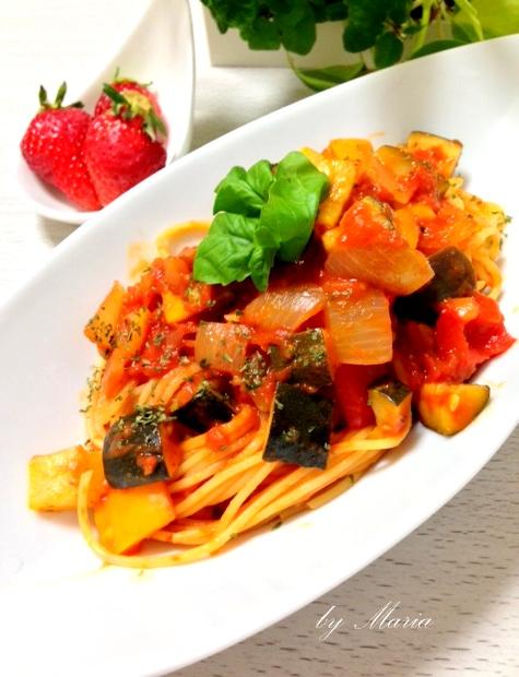 パプリカやズッキーニが美味しいラタトゥイユ。