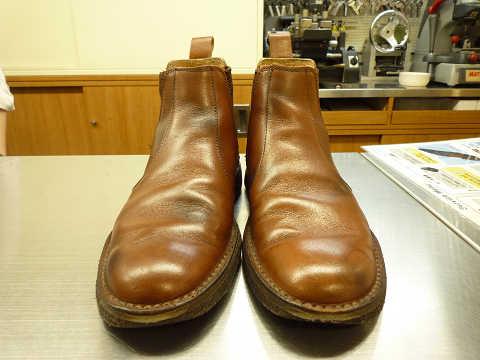 靴磨き 新宿 before after