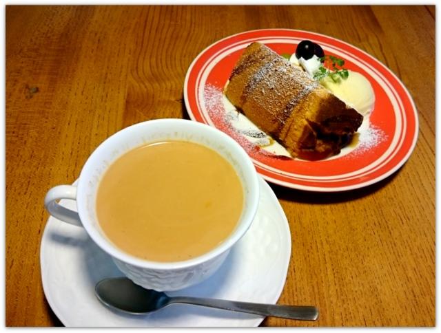 青森県 黒石市 ツキカフェ グルメ スイーツ シフォンケーキ メープルミルクティー