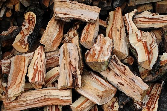 焚き火用薪