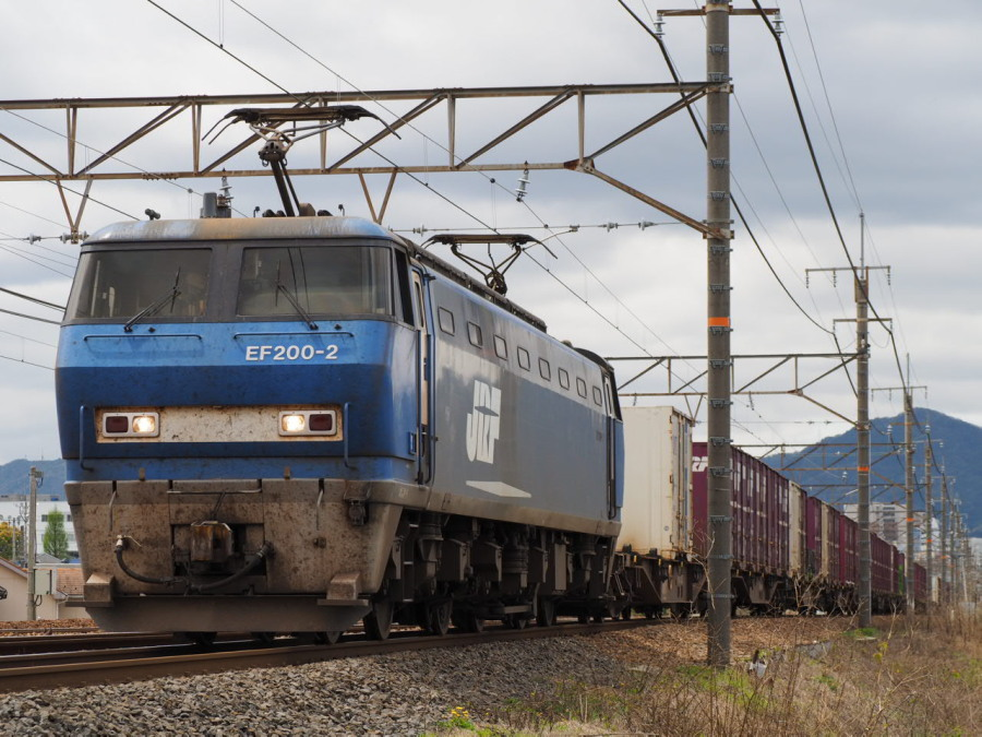EF200 2 20150421