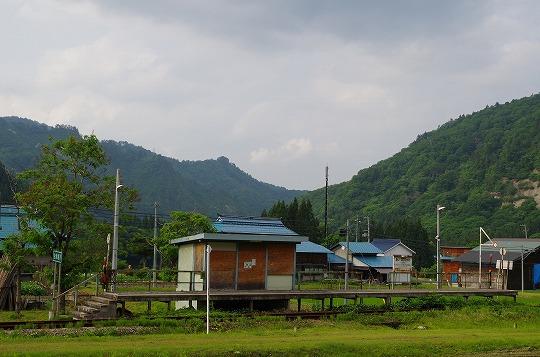 会津越川駅 2
