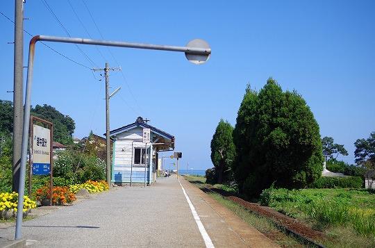 越中国分駅 2