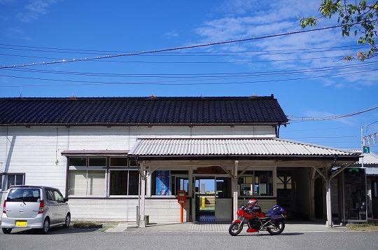 市振駅 1