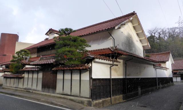 江津本町5