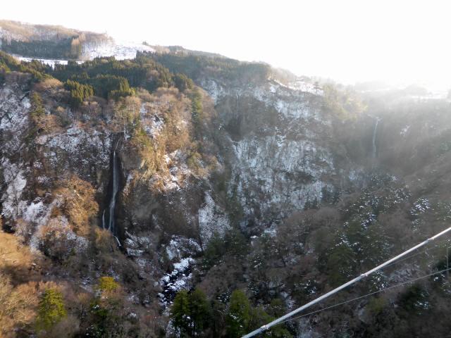 震動の滝1