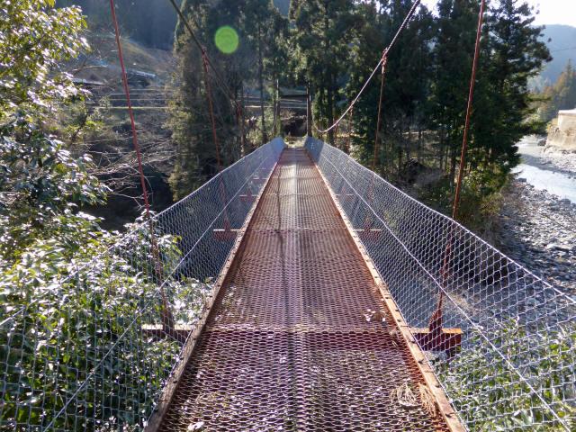 菖蒲野の吊橋2